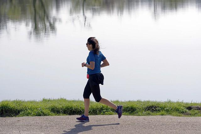 วิ่งออกกำลังกาย