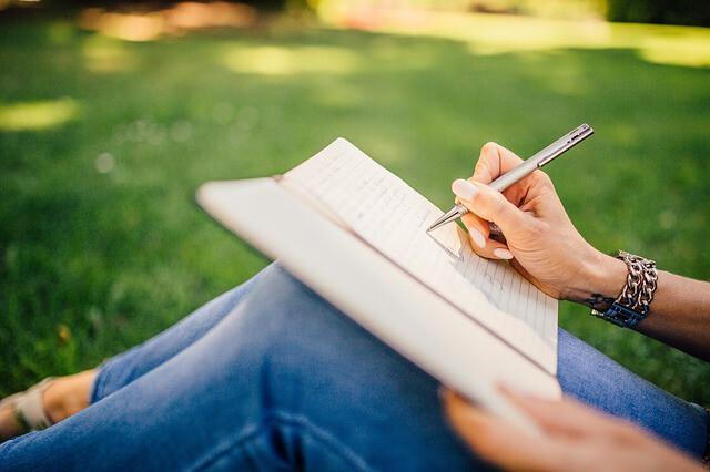 เริ่มต้นไม่ยาก ถ้าอยากเป็นนักเขียน